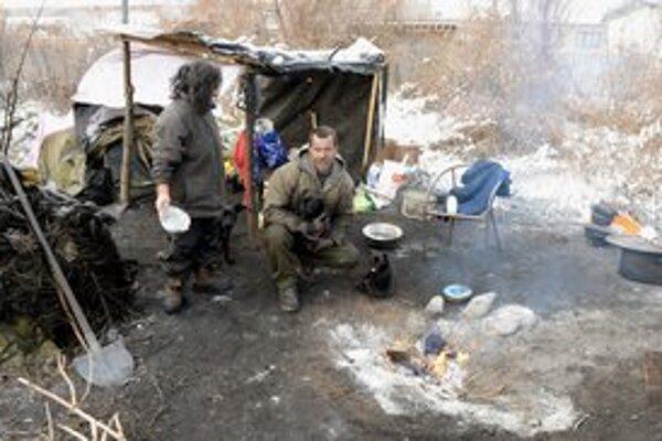 Treskúce mrazy sú najväčším nepriateľom ľudí bez domova.
