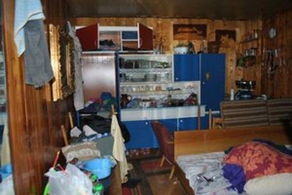 Zlodeji nechávali po sebe v chatkách spúšť. Čo neukradli, rozhádzali alebo zničili.