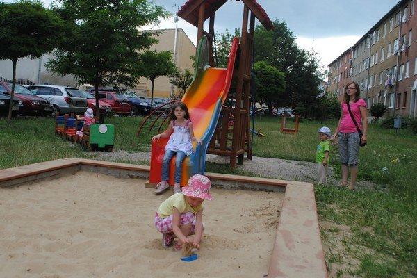 Ihrisko na Gorazdovej ulici. Je takmer vždy zaplnené deťmi.