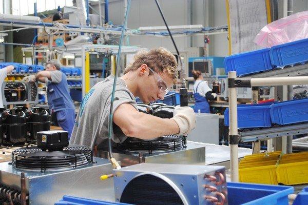 Novoveský Embraco vyrába kompresory, plánuje špecializované centrum.