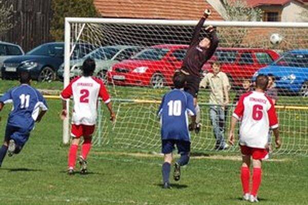Vyrovnávajúci gól. Tento gól kapitána Markušoviec Šteinera na 1:1 nakoniec hosťom na bodovanie v Domaňovciach nestačil.