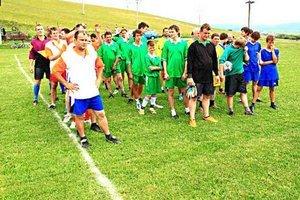 Turnaj ulíc. V Danišovciach sa koná každé leto turnaj v minifutbale.