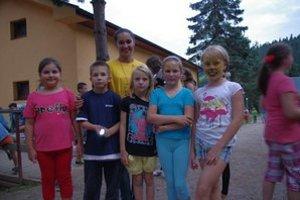 Najmladší zo štyroch oddielov. Šéfka Miška a jej fanklub.