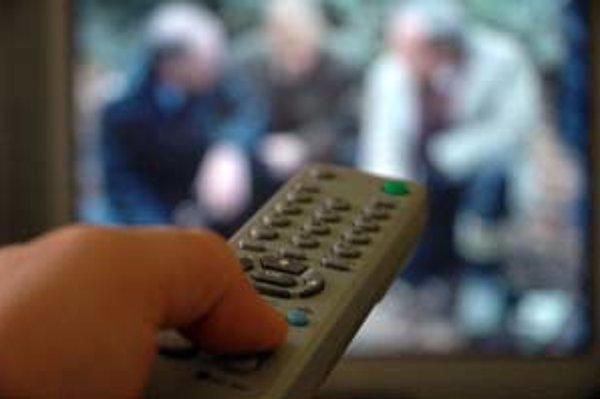 Digitálne televízne vysielanie prinesie divákom vyššiu kvalitu obrazu a ďalšie možnosti, ako napríklad prístup