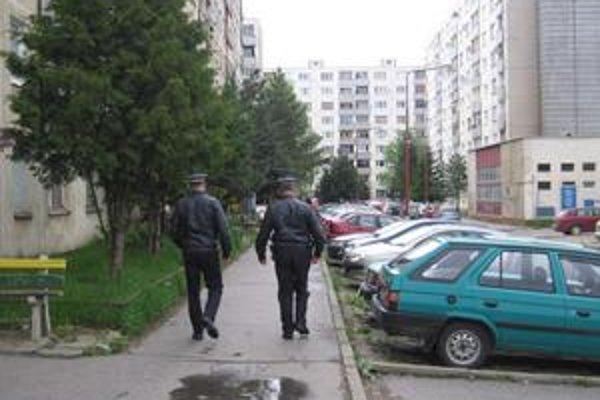 Pomoc. Mestským policajtom bude pomáhať občianska stráž.
