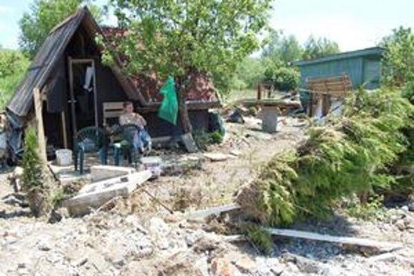 Jozef Kalafut. Volebný deň začal prácou na svojej záhradke. Tú doslova zdemolovala ostatná povodeň.