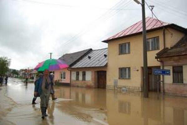 Povodne. Ochromili aj život na Spiši, teraz samosprávy nemajú z čoho zaplatiť faktúry za záchranné práce.