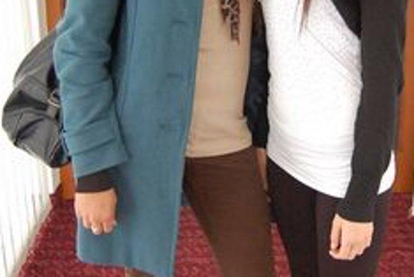 Kamarátky Nikola (16) a Barbara (16). Stredoškoláčky by rady zabojovali o titul Miss Spiša.