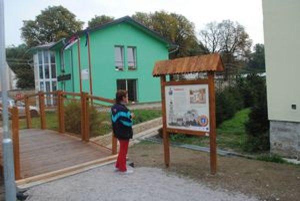 Informačné tabule inštalovali v obci Spišský Hrhov.