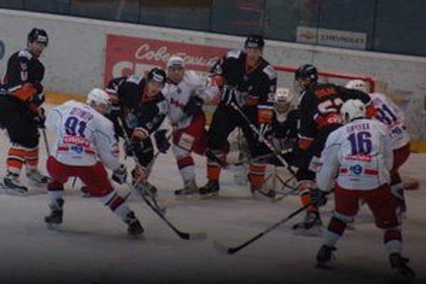 Štyri zápasy – štyri víťazstvá, takáto je výborná bilancia ostatných stretnutí Tatranských Vlkov.