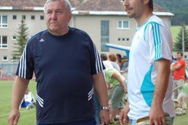 Nový. Do Margecian prichádza nový kormidelník Juraj Rímsky (vľavo) a jeho snom je postup.