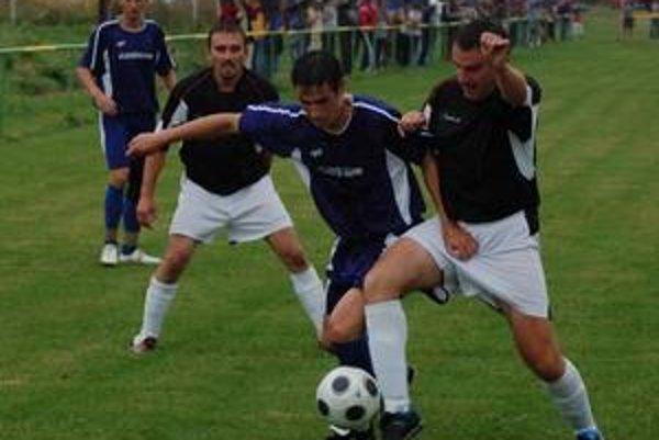 Len polčas. V Domaňovciach dokázali futbalisti Iliašoviec vzdorovať len prvý polčas, po zmene strán inkasovali štyri góly.
