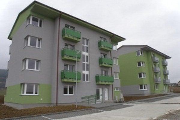 Nový domov v bytovkách nájde dvadsaťdva rodín.