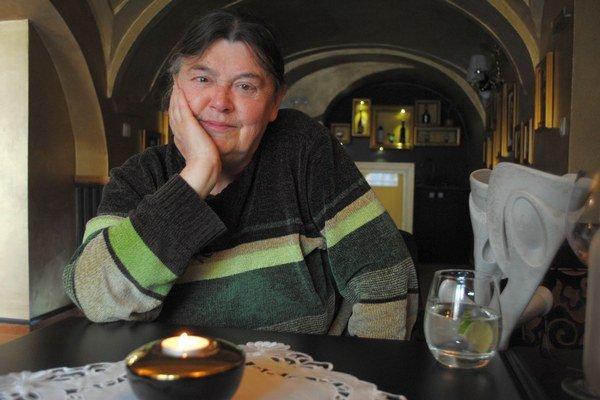 Nora Baráthová.