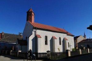 Kostol sv. Ducha. Je pre Ľubičanov veľmi vzácny.