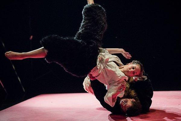 Divadlo Štúdio tanca v stredu vystúpi na zvolenskom Víkende atraktívneho divadla.