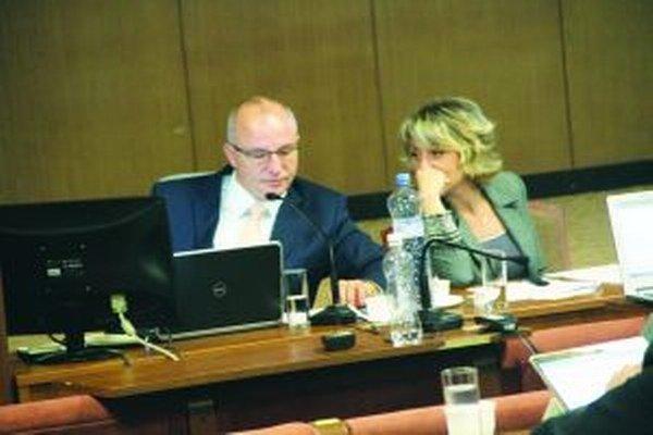 Jozef Belický v rozhovore s viceprimátorkou Danicou Lehockou.