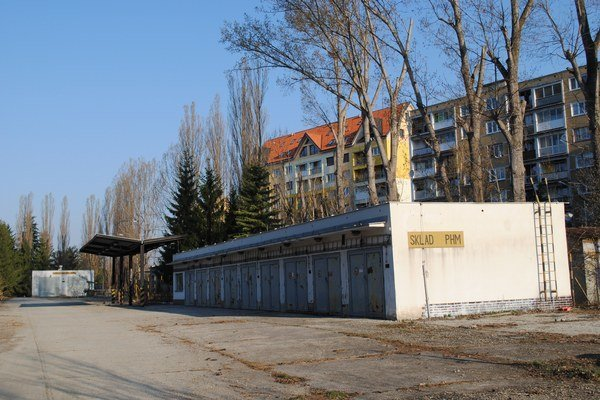 Areál kasární sa stal v Poprade horúcou predvolebnou témou.