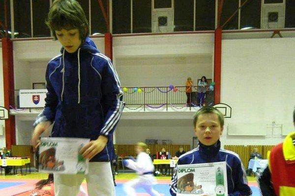 Central karate klub Poprad. Vybojoval deväť medailí.