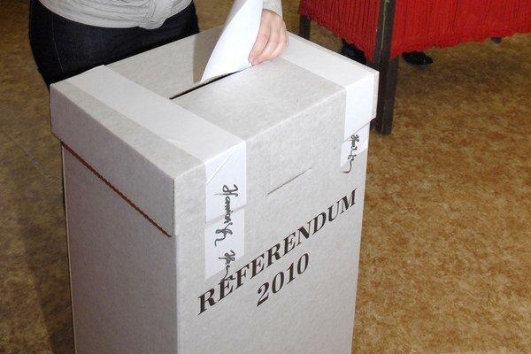 Referendum. Naposledy sme si k urnám vyšli v roku 2015.