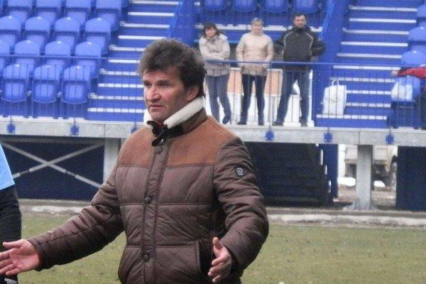 Tréner FK Poprad. Vladimír Lajčák verí v postup do prelínacej súťaže.