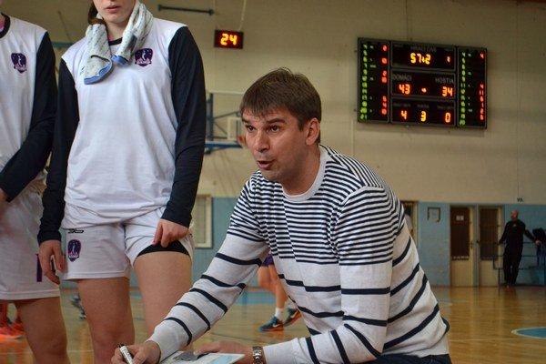 Igor Skočovski. Tréner žien i kadetiek BAM Poprad.
