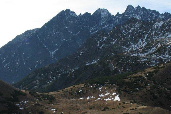 Malý Kežmarský štít (vľavo)