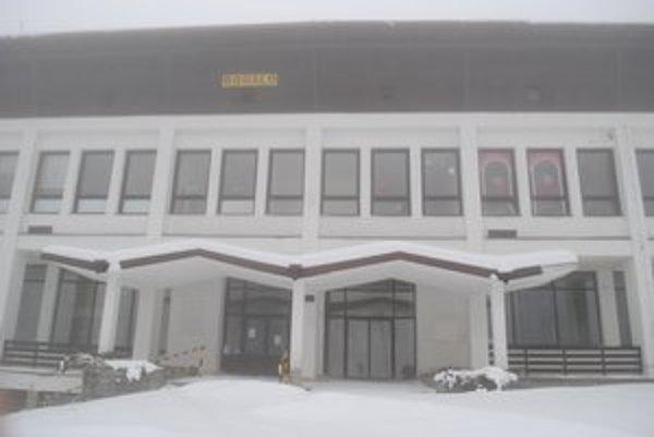 Dom služieb vo Vysokých Tatrách produkoval v minulosti mestu každoročne stratu.