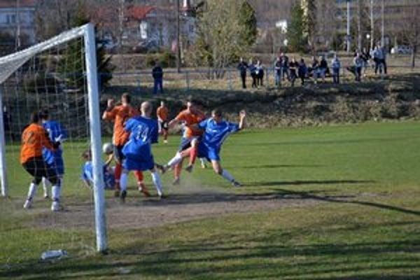 Nepremenená tutovka. Ani z tohto závaru Tatranci gól nedali.