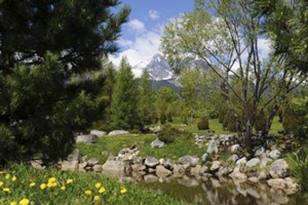 Botanická záhrada v Tatranskej Lomnici bude opäť prístupná až o sedem mesiacov.