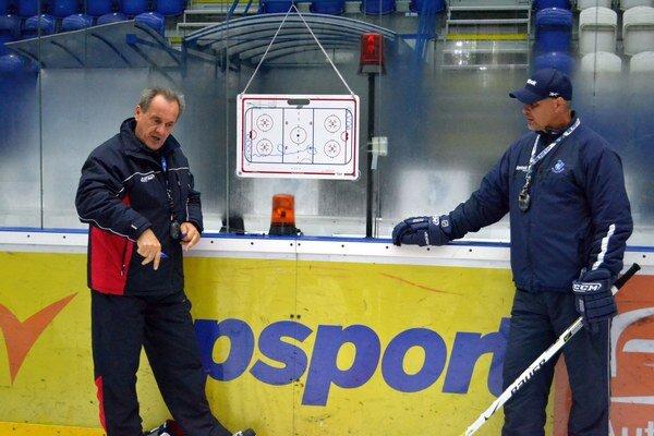 Milan Jančuška. Tréner Popradu testuje v príprave hlavne mladých hráčov.