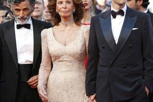 Zľava: herec Enrico Lo Verso, Sofia Loren a režisér Eduardo Ponti