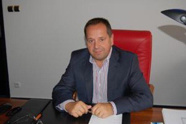 Anton Danko. Popradský primátor hovorí, že k radikálnemu zvýšeniu museli pristúpiť.