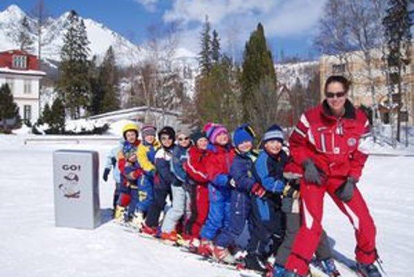 Lyžiarske kurzy. Deti sú vďačnými žiakmi.