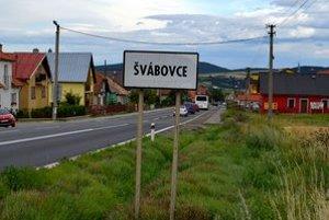Obec je vstupnou bránou do Tatier.