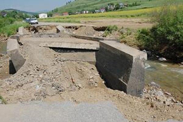 Po takomto moste by mali ľudia z Ihlian dochádzať do práce.