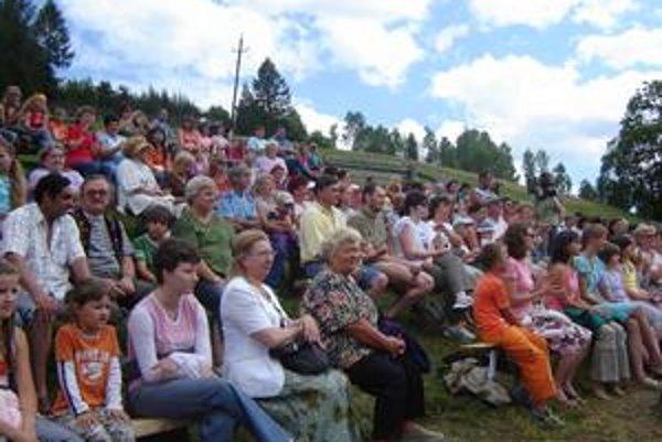 Festival Zogrod. V Malej Frankovej na Zamagurí sa cez víkend odreagujú starší, tínedžeri i detičky.