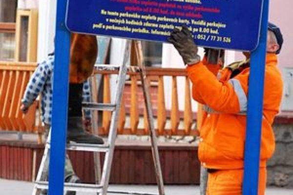 V marci 2008 odstránili z popradského centra parkovacie tabule, od nového roku by sa opäť malo platiť.