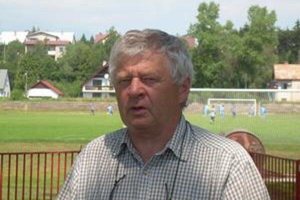 Ján Petras. Kormidelník kežmarských seniorov sa rozhodol ukončiť pôsobenie pri mužstve.
