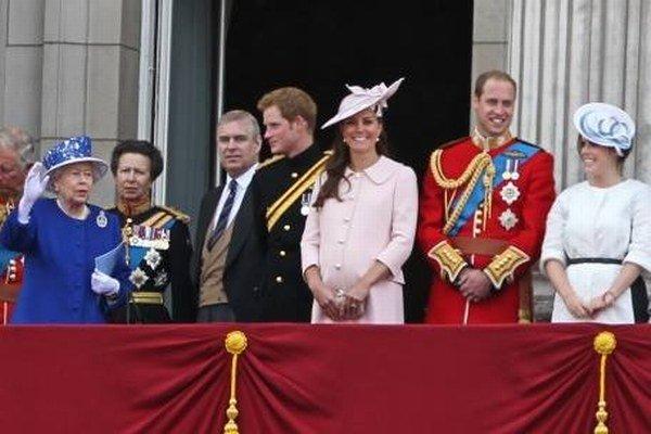 Fotograf Daniel Deme žije v Londýne. Kráľovská rodina je preto častým objektom pred jeho fotoaparátom.