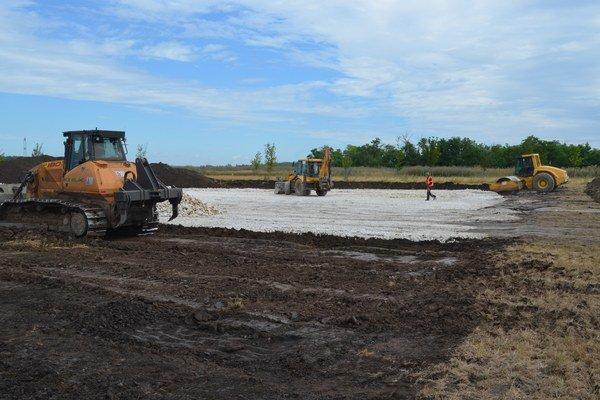 Prvá firma začala stavebné práce v priemyselnom parku.