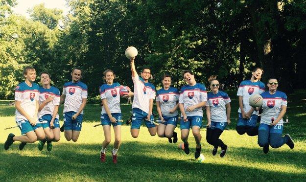 Slovenský tím pred 'odletom' na Svetový pohár vo Frankfurte.