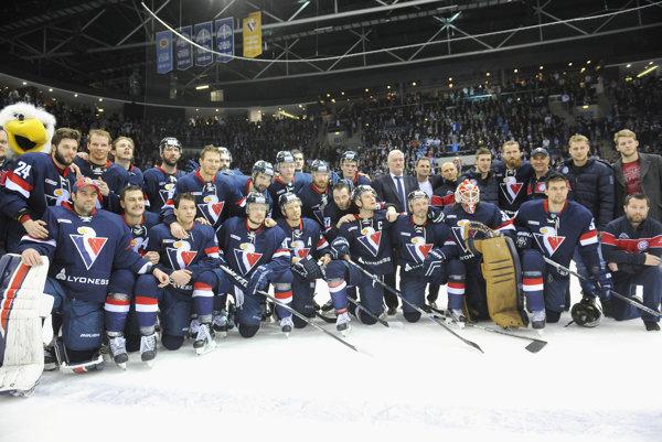Hokejisti Slovana prehrali s ďalším českým klubom.