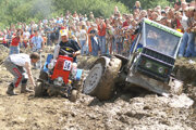 Súťaž podomácky vyrobených traktorov v Habovke.