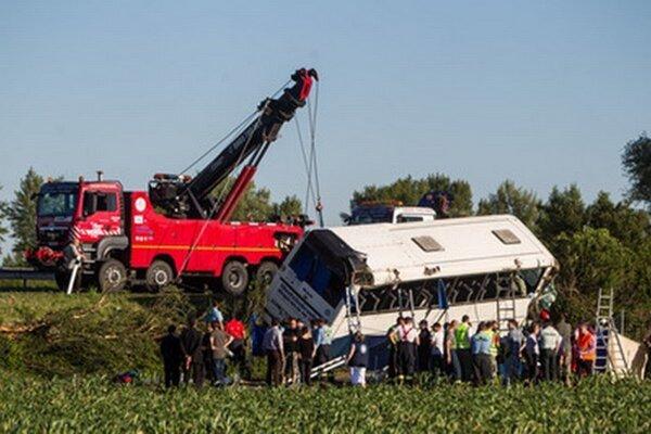 Nehoda autobusu na D1.