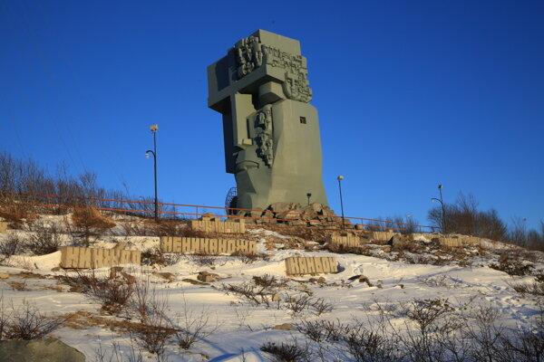 Pomník obetiam všetkých gulagov v Magadane.