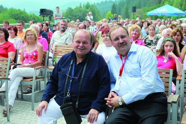 Spomienka na Jozefa Bednárika, na fotografii s riaditeľom festivalu Jánom Kubišom.