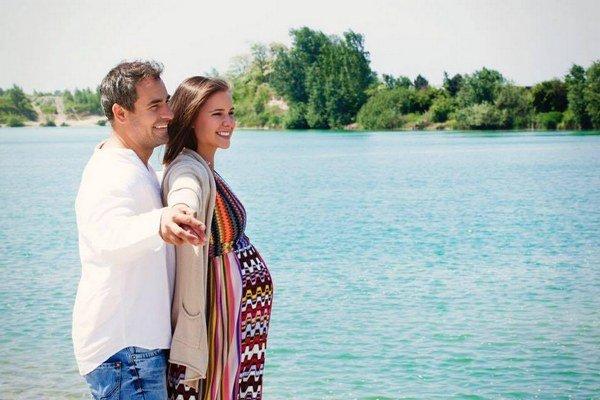 Nela Pocisková a Filip Tůma sú rodičmi.