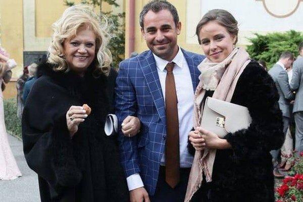 Svadobná skúška? V októbri absolvovali svadbu Nelinho brata, ktorý si vzal Laiferovej vnučku.