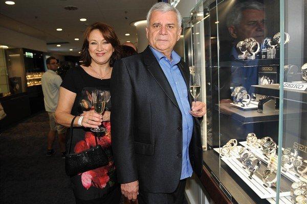 S manželom. Herec Petr Štěpánek je v poradí jej tretím zákonitým.